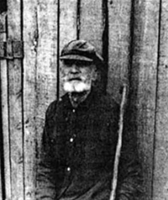 Один из первых жителей деревни Ефим Семенович Галанов
