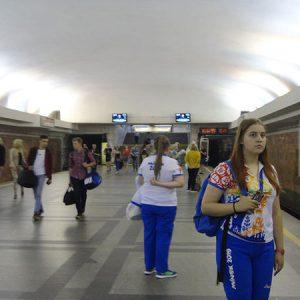 Волонтеры Европейской Олимпиады в Минском метро