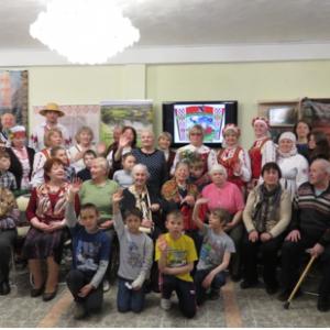 Презентация мобильной выставки «Мы родом – из Беларуси!» в Областной детско-юношеской библиотеке г. Томска
